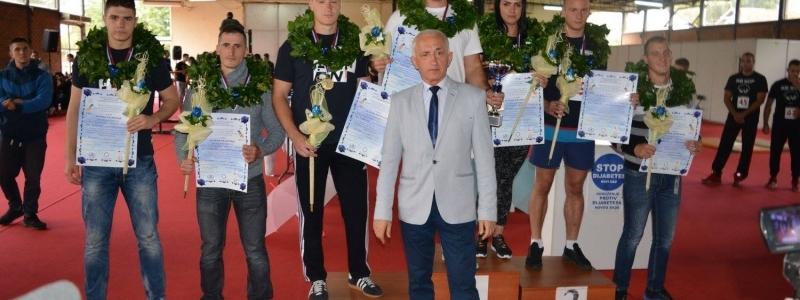 Internacionalno takmičenje u obaranju ruke na Novosadskom sajmu